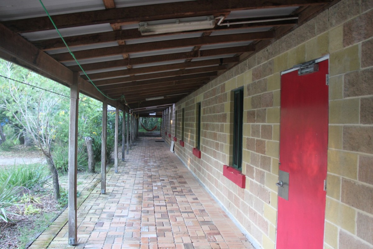 Backpacker Bunkhouse ccommodation, Dorms, Dormatories, Waves Campground, near Crescent Head, NSW